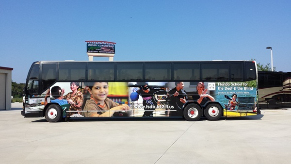 Beautiful Bus Wraps (3)
