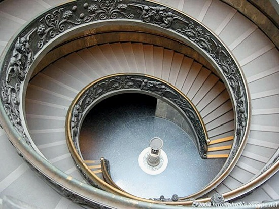 Most Beautiful Examples of Spiral & Helical Staircase Photography (13)