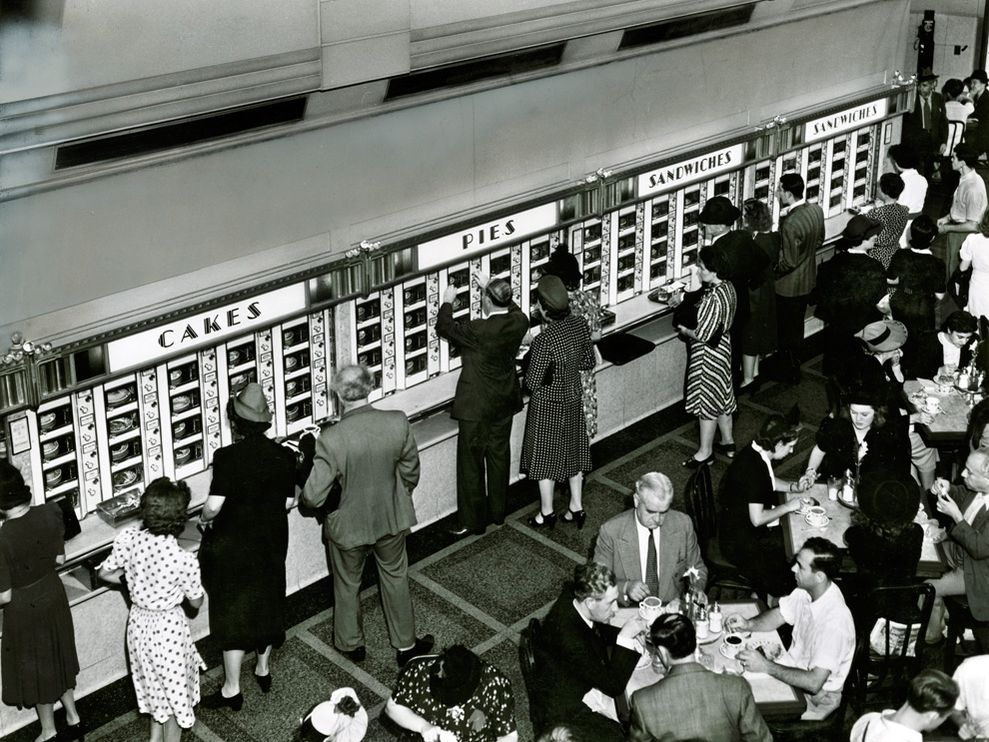 automat new york roberts 8004 990x742 Most Popular Black & white photos of National Geography