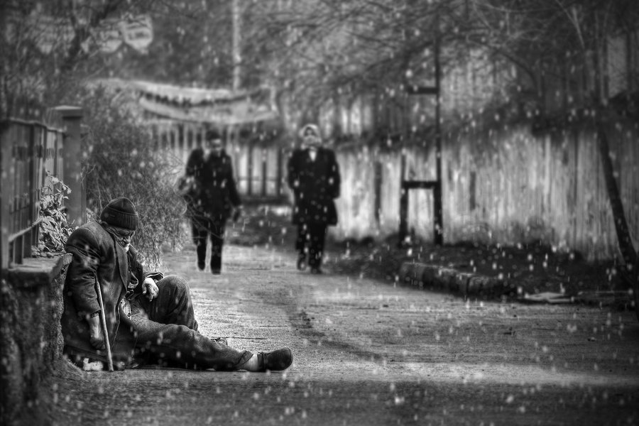 surrender_to_snow_street_photography