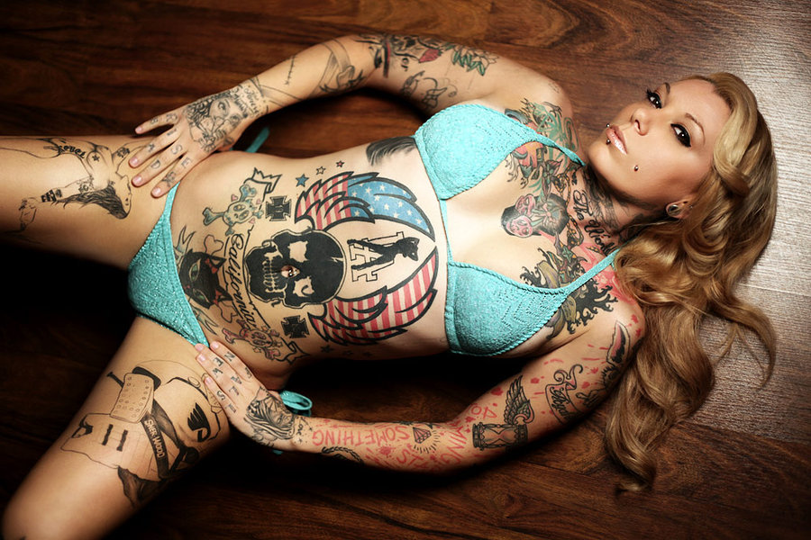 Reegan Blonde pin up model tattoos