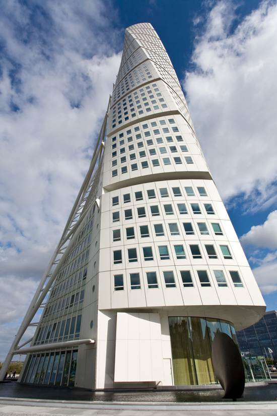 turning torso tower architecture