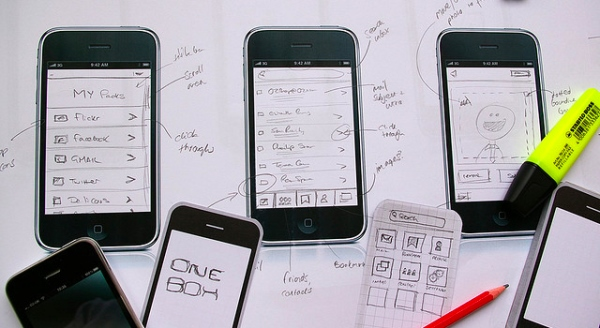 Mobile UI Designs Based on Future Concepts
