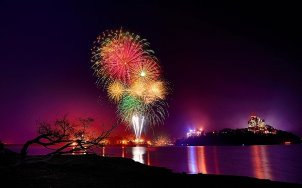 Incredible Firework Pictures12
