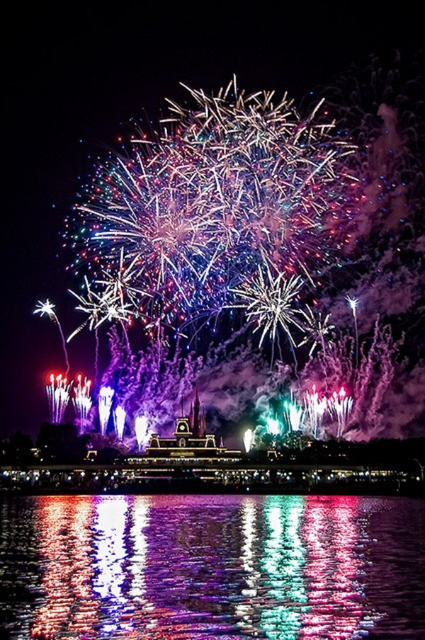 Incredible Firework Pictures23