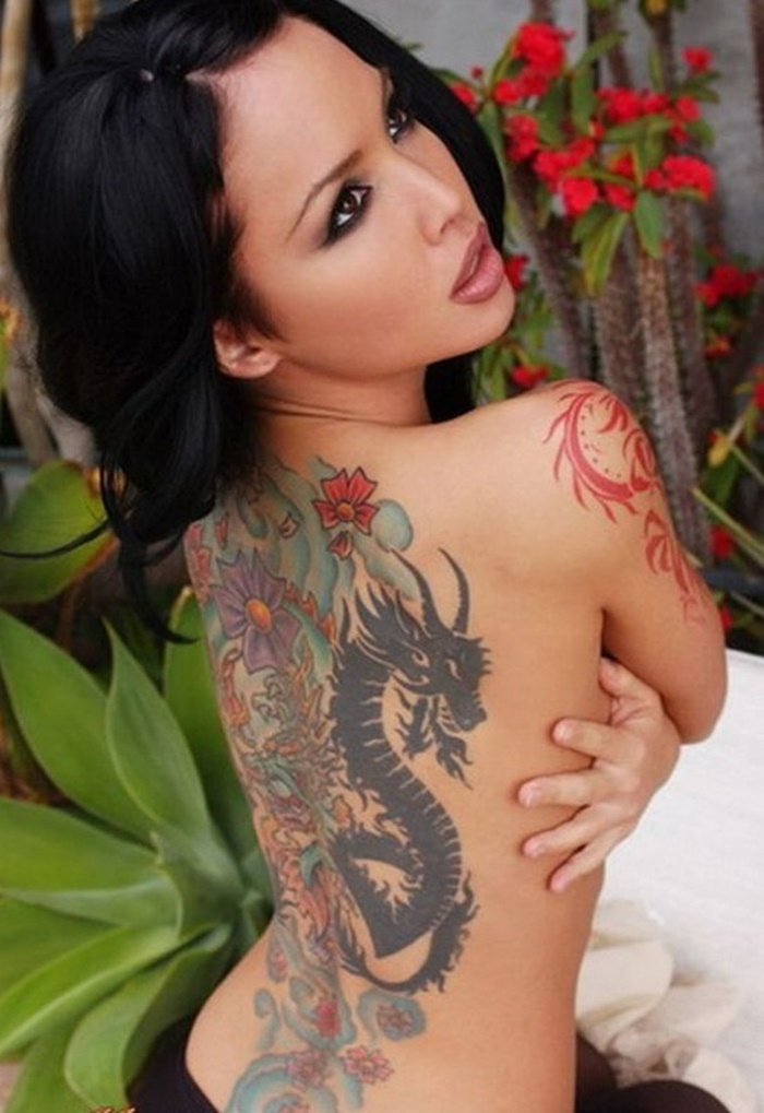 Hot Back Tattoos for Women1 (14)