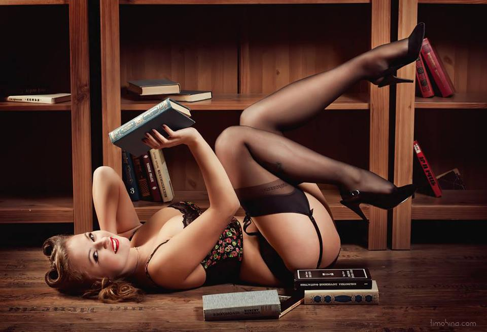 Pin By Mark On Hd Wallpapers: 60 Pin Up Girl Wallpaper HD For Desktop