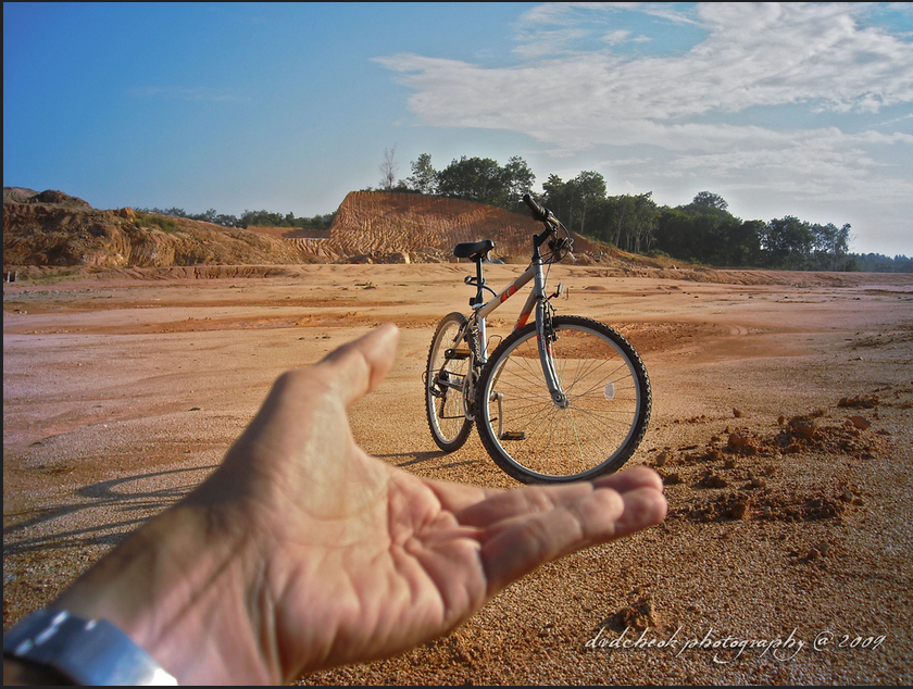 Outstanding Examples of Forced Perspective Photography15