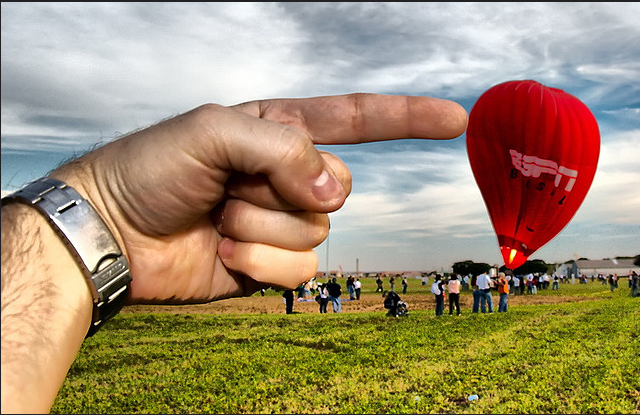 Outstanding Examples of Forced Perspective Photography8