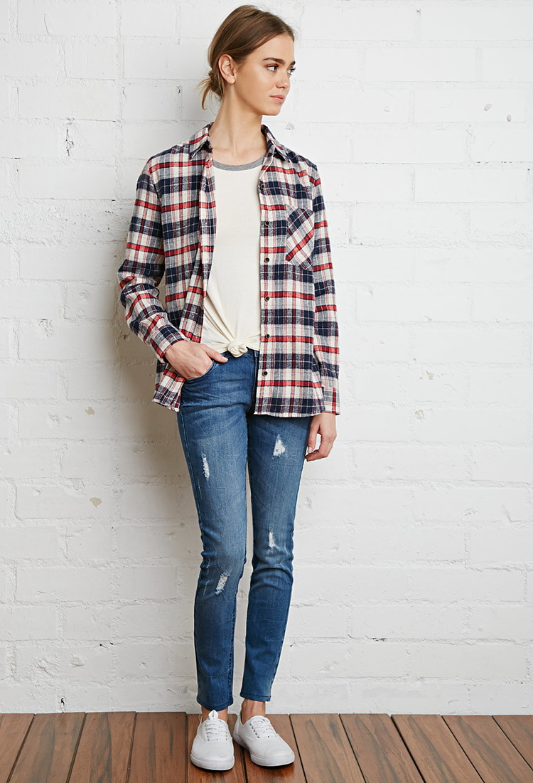 cd000c6ee41 6 Easy Ways to Wear Your Flannel Shirt Perfectly - Lava360