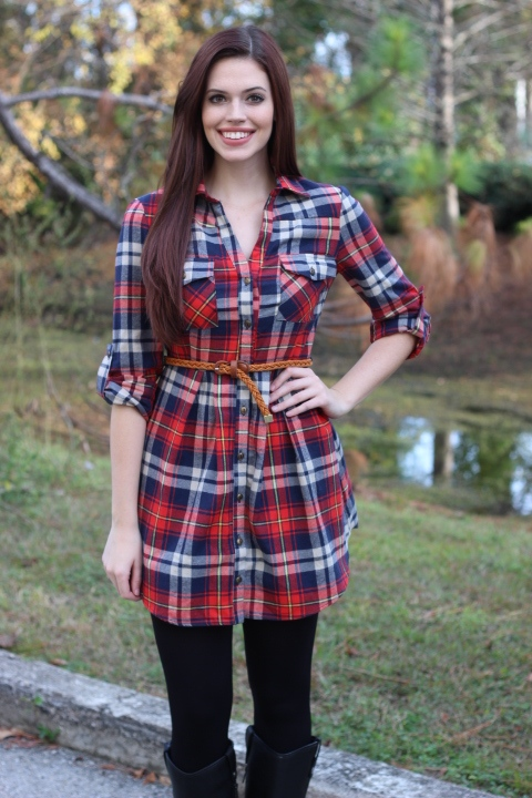 6 easy ways to wear your flannel shirt perfectly lava360 for Girl in flannel shirt