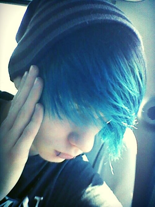 Emo Hairstyles for Guys - 11