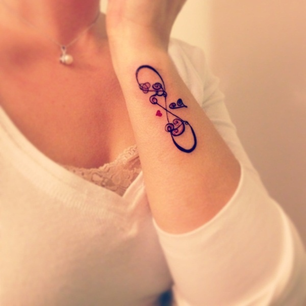 16e9e6a1314c6 80 Cute Wrist Tattoo Designs For Girls - Lava360