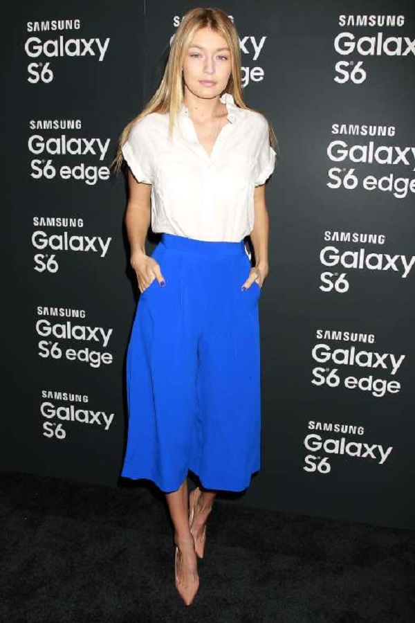 She kept things simple with bright blue culottes by Australian brand Finders Keepers, and a white loose top at the launch event of Samsung Galaxy S-6 and Galaxy S-6 edge held in New York on April 7, 2015.