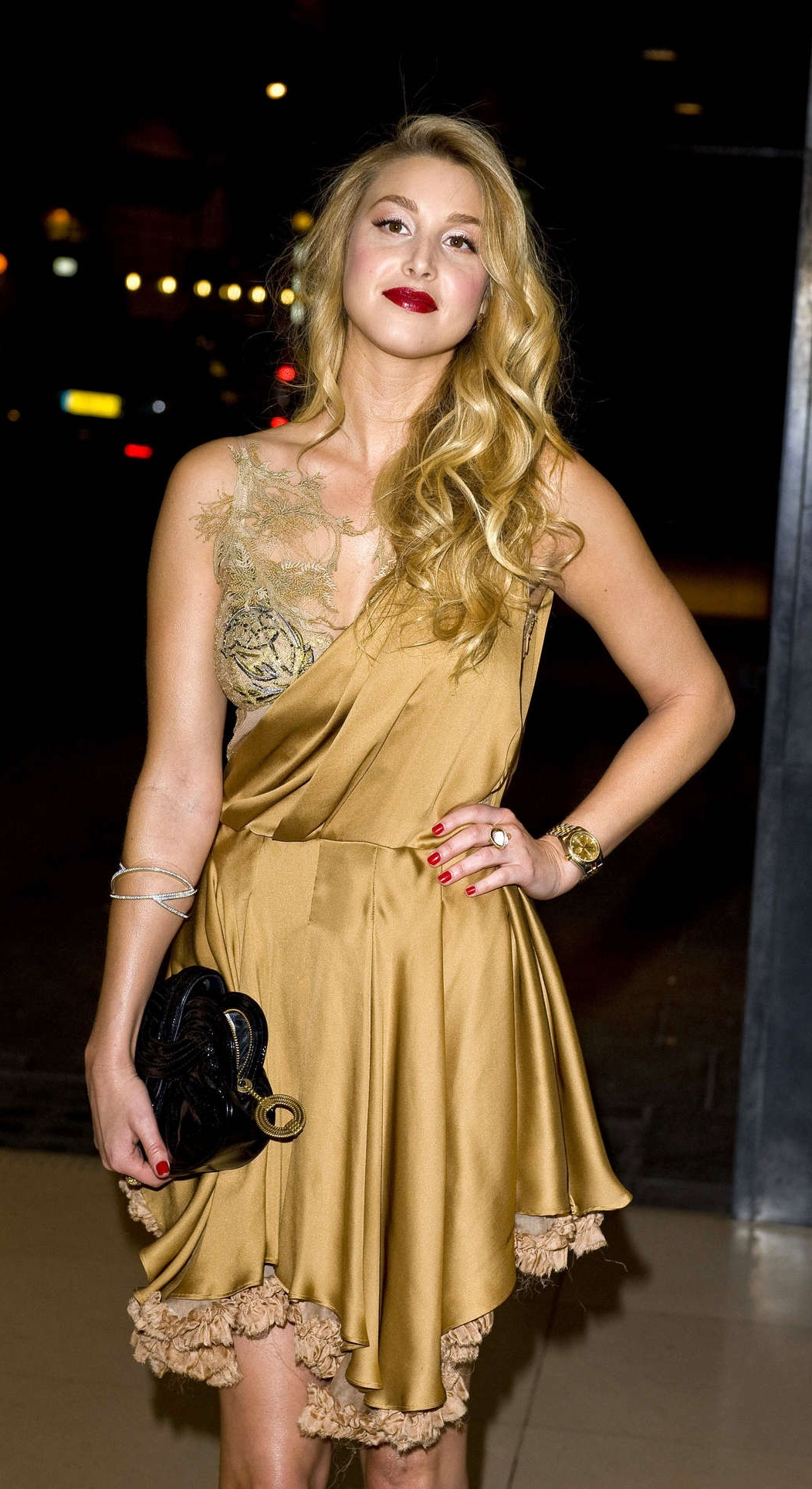 Mesmerizing Gold Dress for you all party girls1.2 Whitney-Port