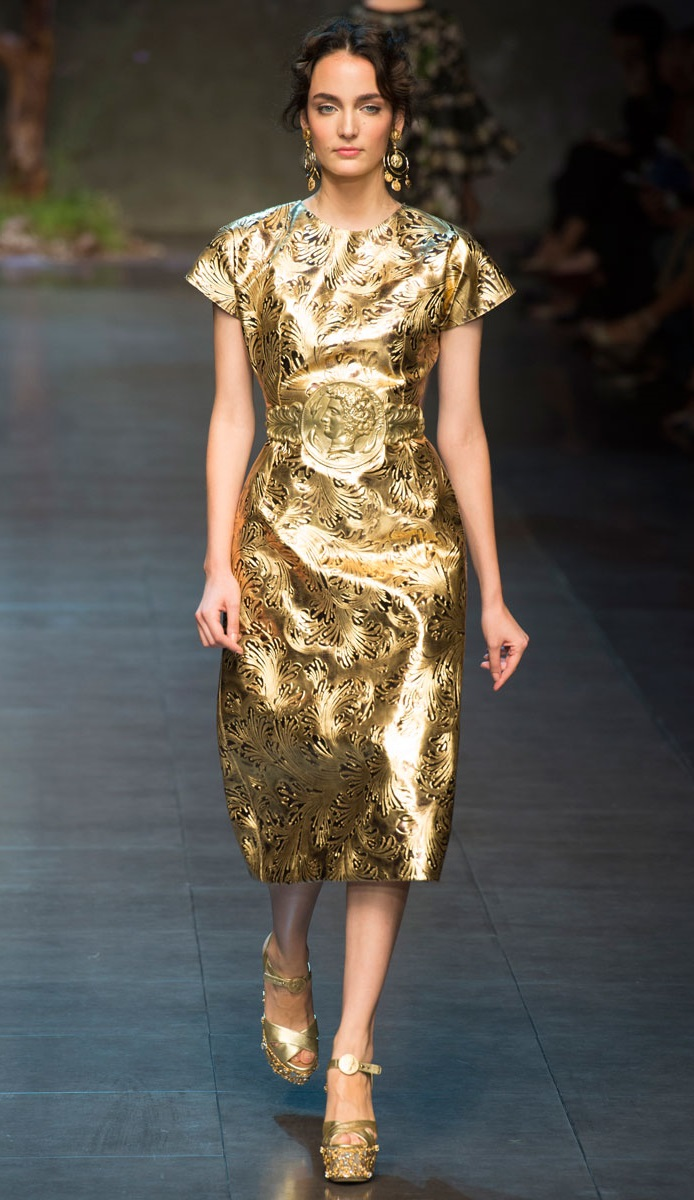 Mesmerizing Gold Dress for you all party girls1.3 dolce-and-gabbana