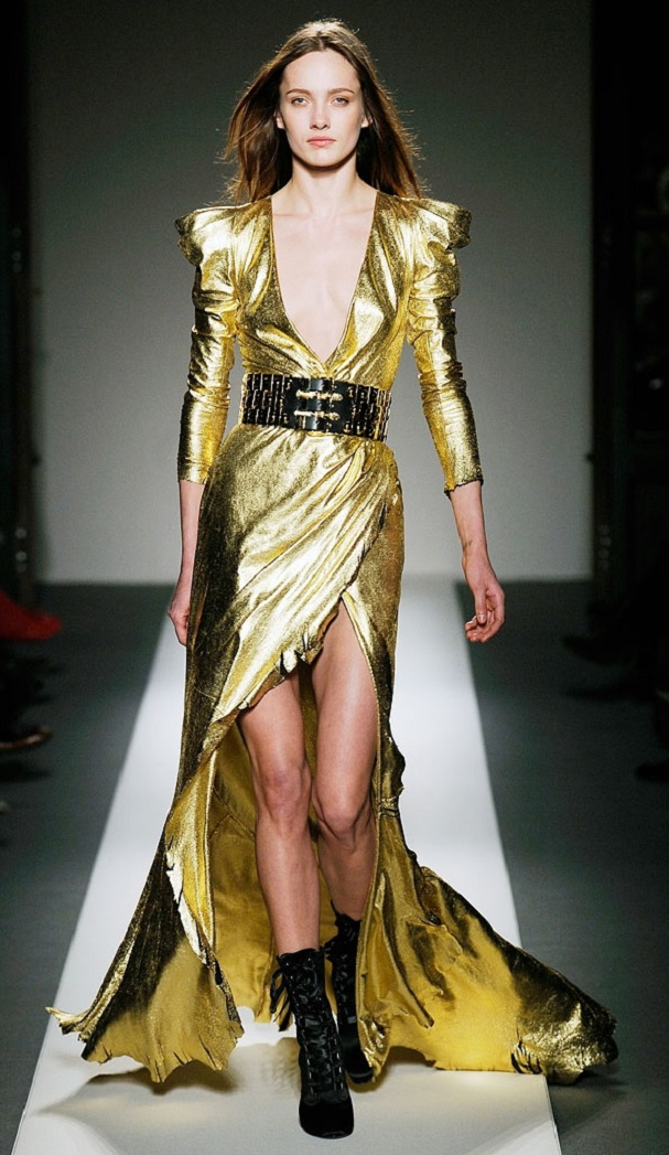 Mesmerizing Gold Dress for you all party girls1.4