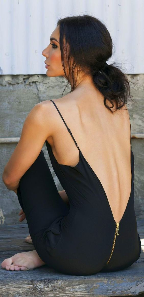 Backless Dress 19