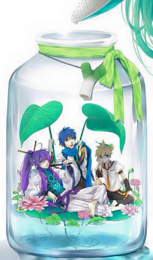 cute-anime-characters-bottle-16