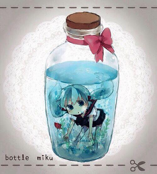 cute-anime-characters-bottle-25