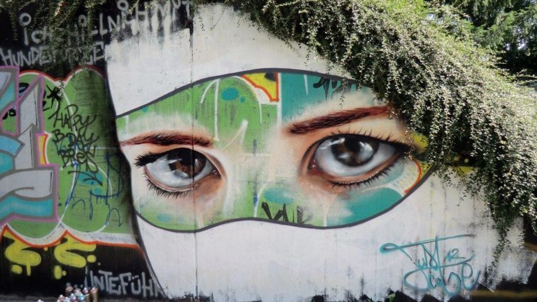 Realistic graffiti painting