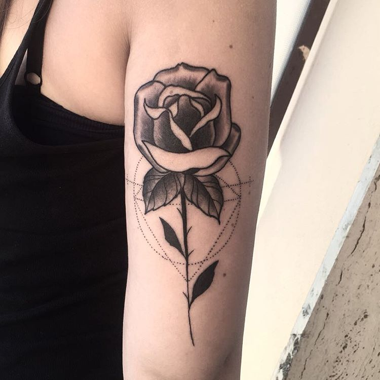 rose-tattoo-arm-design