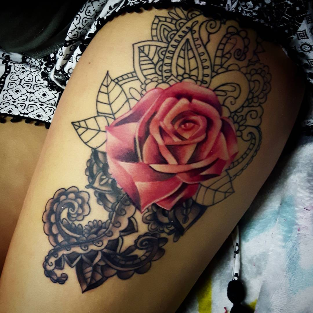 rose-tattoo-red-thigh-design