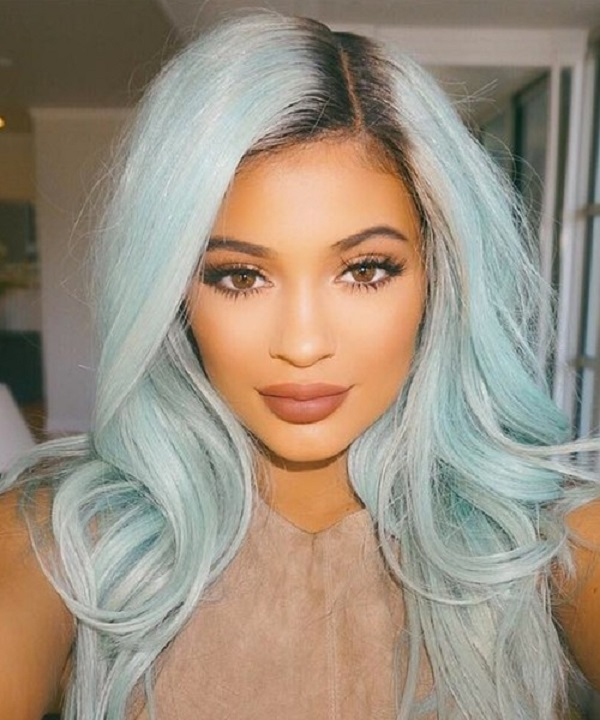 women-grey-blue-hair-color-trends-09-kylie-jenner-new-ice-blue-hair