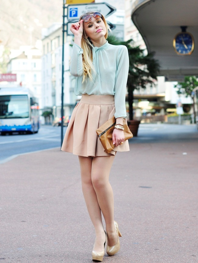 684ec194add5a Which top to Wear  Skater skirts outfit ideas - Lava360