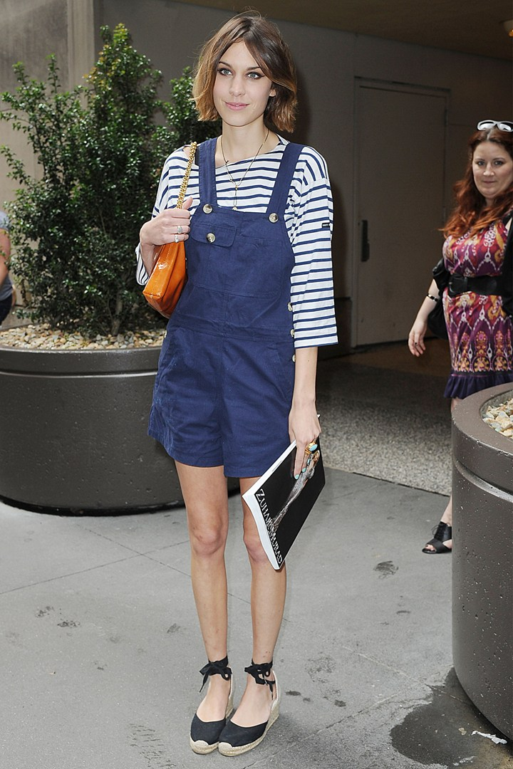 Nautical Style outfits 12-Alexa-Chung