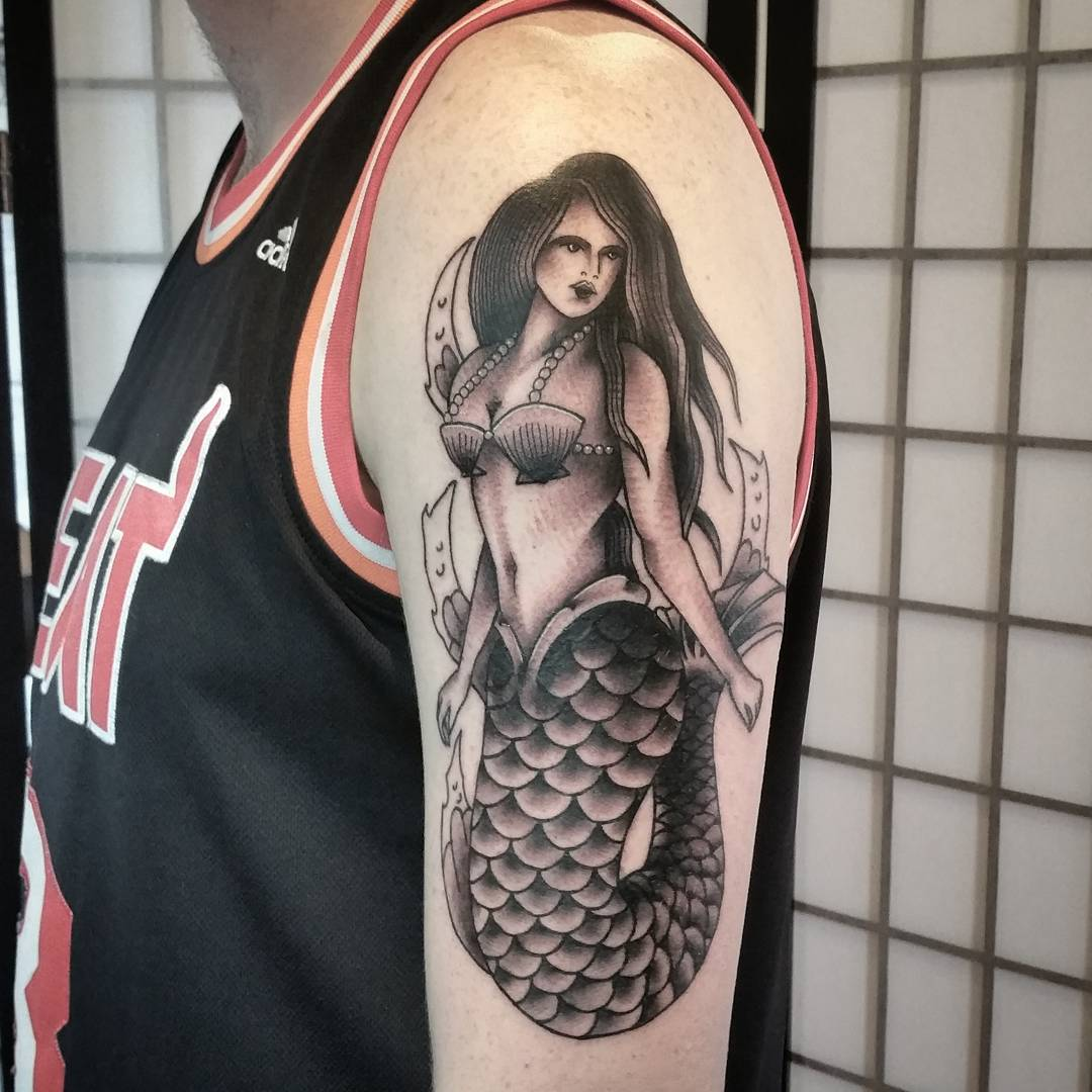 arm-lovely-mermaid-tattoos-2