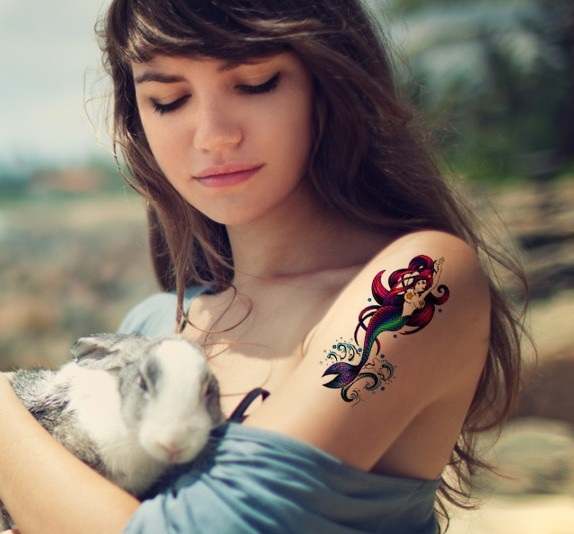 shoulder-lovely-mermaid-tattoos-2